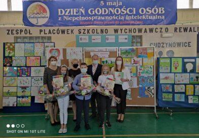 Laureaci międzyszkolnego konkursu plastycznego